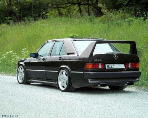 Mercedes E190.jpg