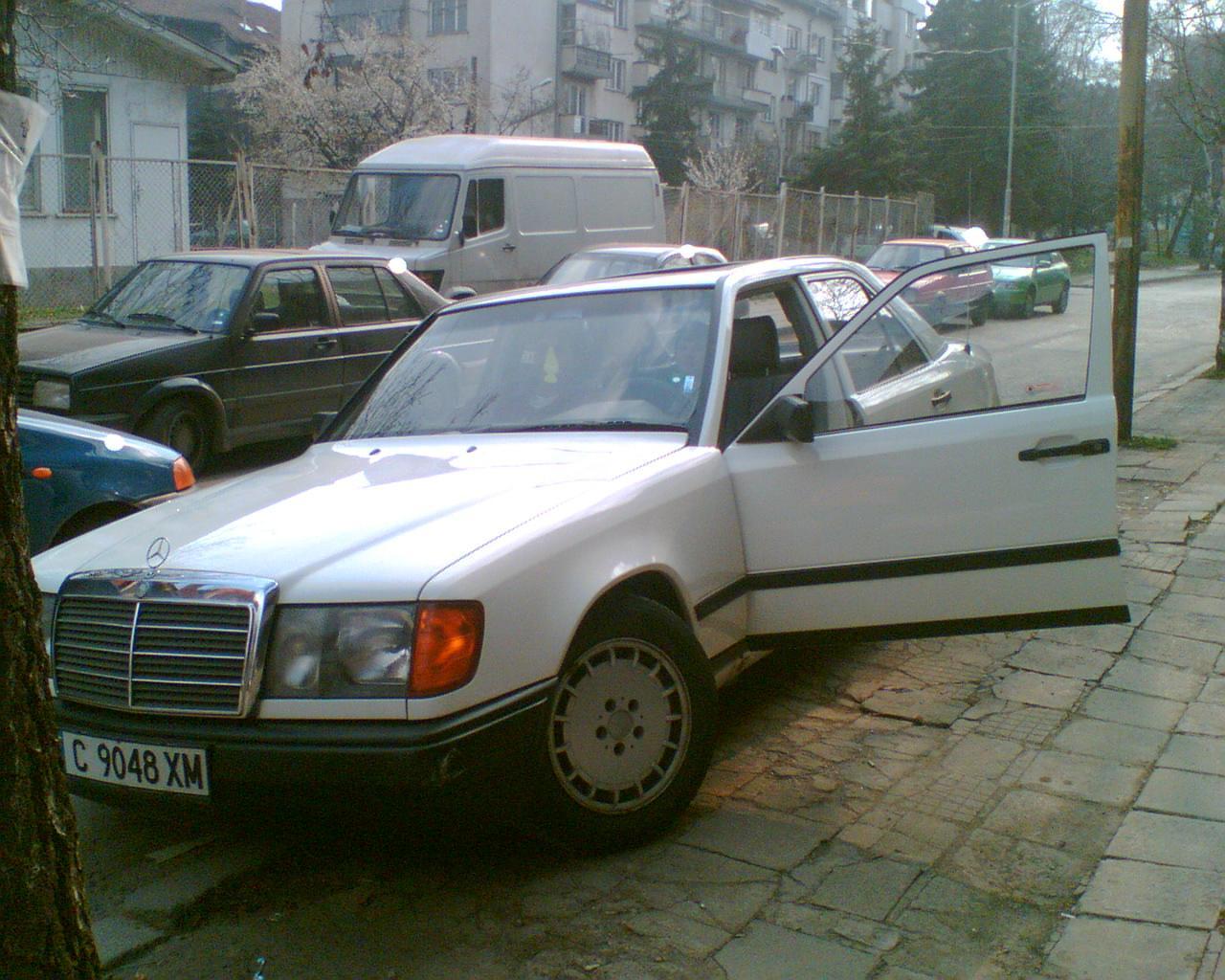 """Белият 124 - на """"Феликс Каниц"""""""